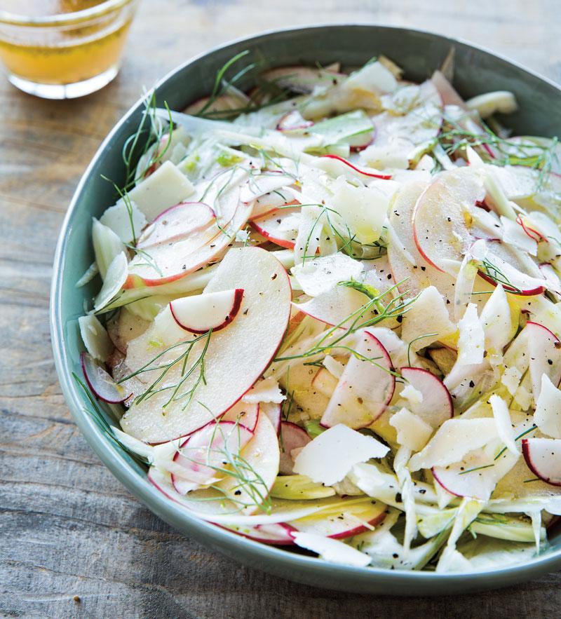 Ridikų salotos su obuoliais.