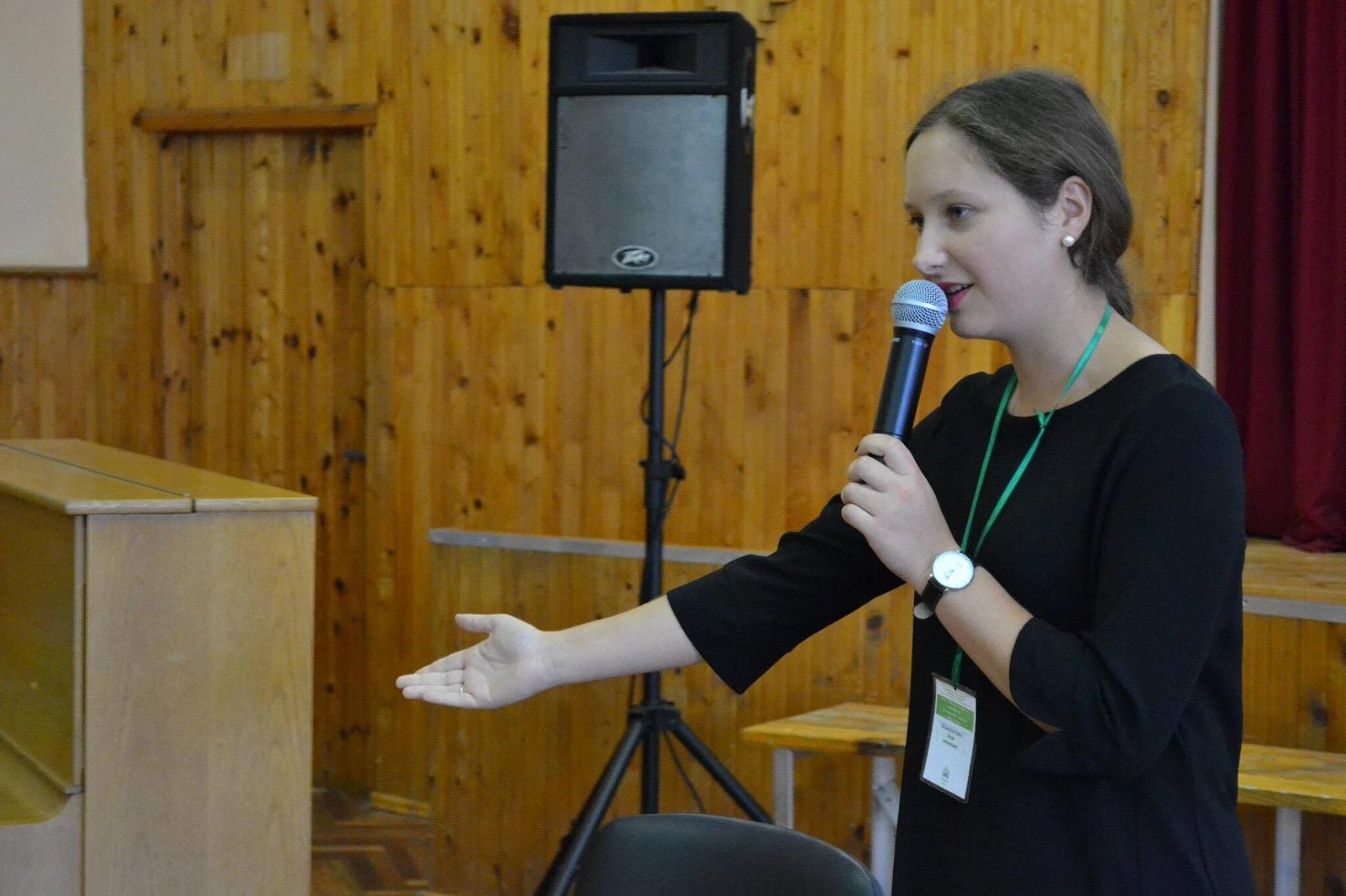 """Kėdainių rajono mokinių tarybos organizuotame forume """"Kai tikslai tampa darbais, svajonės virsta realybe"""". / Asmeninio archyvo nuotr."""