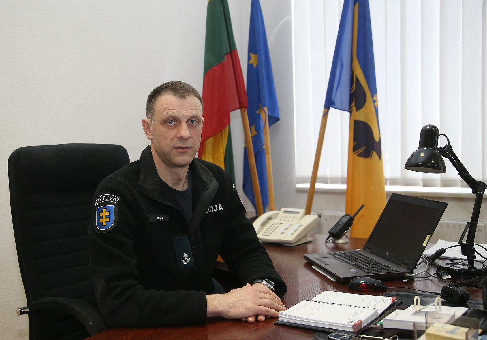 Kėdainių rajono policijos komisariato viršininkas Alvydas Vaina pažymėjo, kad senolės paieška vykdoma ne tik Kėdainių rajone, bet ir visoje Lietuvoje. / A. Barzdžiaus nuotr.