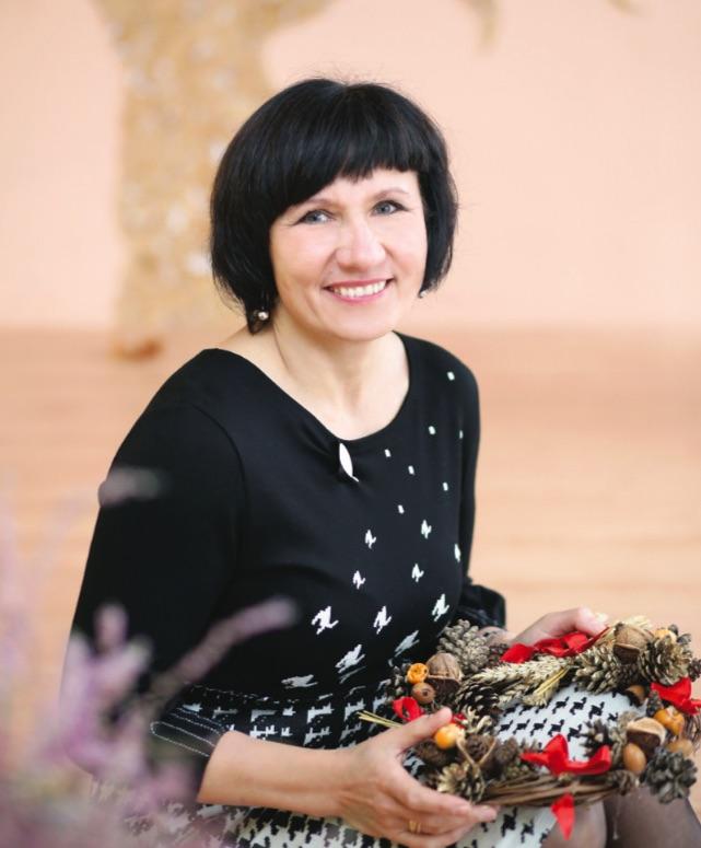 Krakių bendruomenės pirmininkei Daivai Dubinkienei išėjus pasivaikštinėti į lauką neatrodo, kad padėtis šalyje nelengva. / Asmeninio archyvo nuotr.