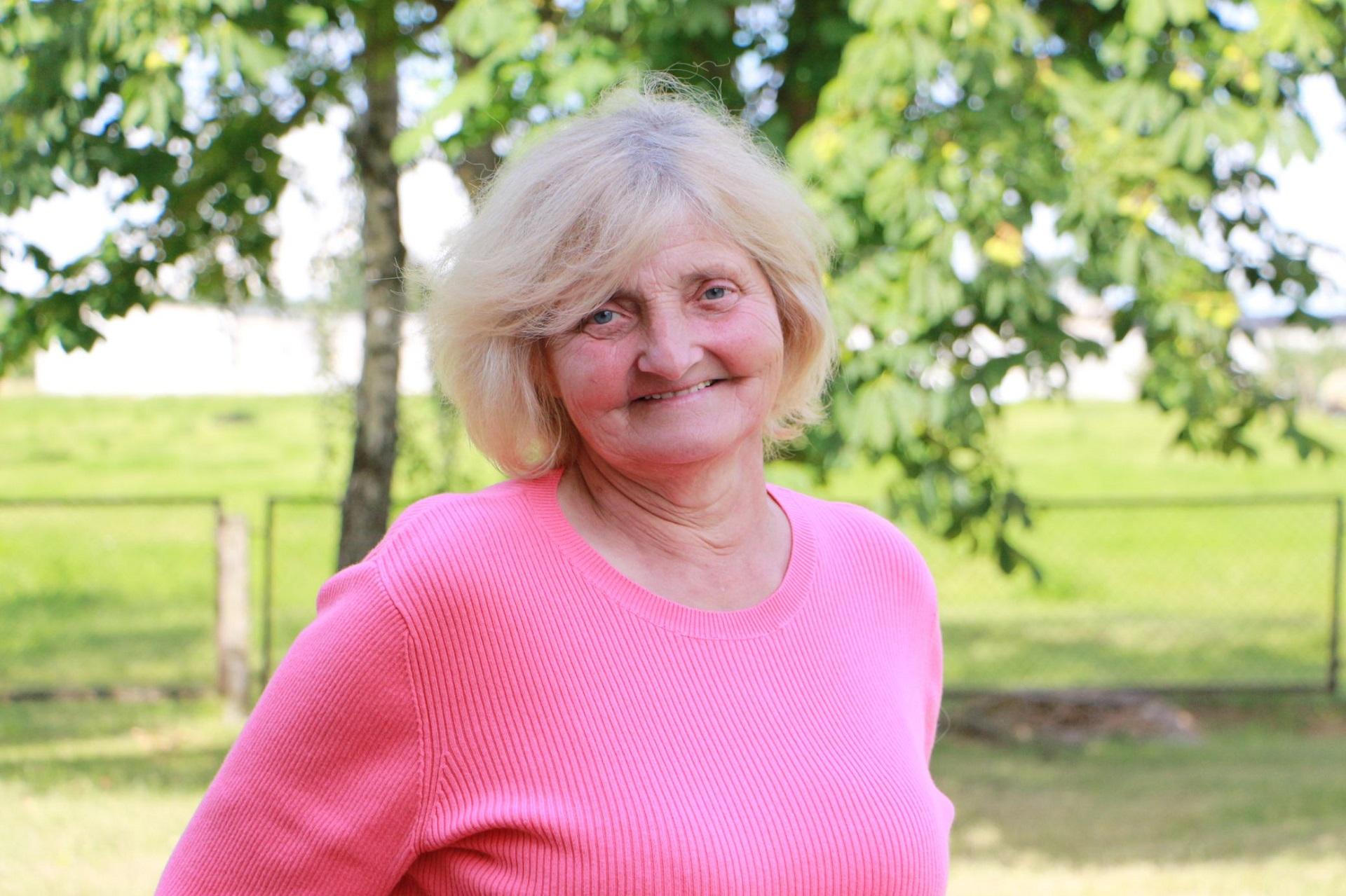 Eleną Burbienę į Petkūnus atvijo darbas.