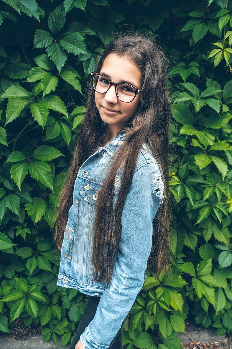"""Emilė Stadalnykaitė: """"Kai mes galime geriau pažinti save, mes turime galimybę mokytis tų dalykų, kurių negauname įprastoje mokykloje""""."""