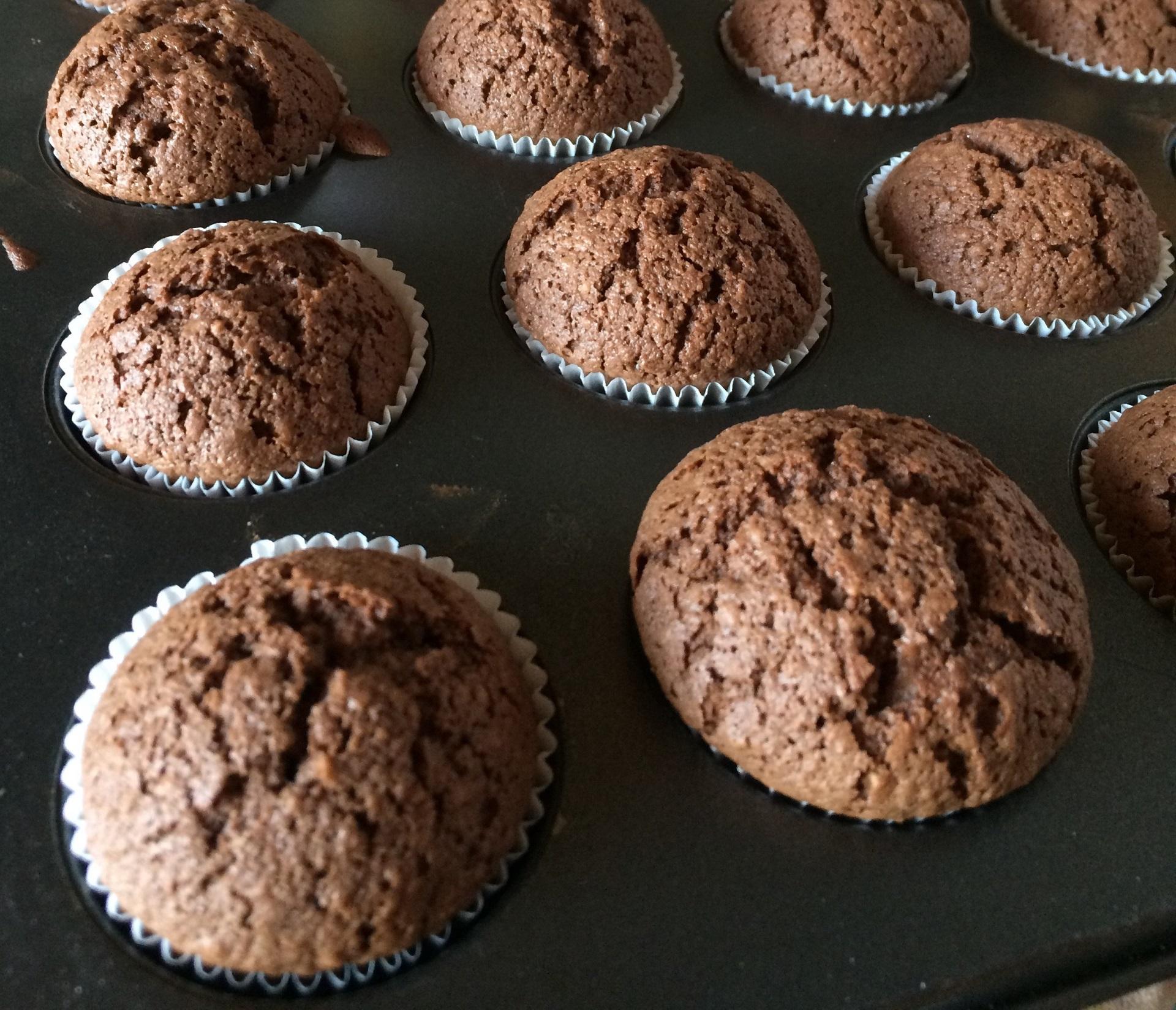 Šokoladiniai keksiukai su grikių miltais (be glitimo).