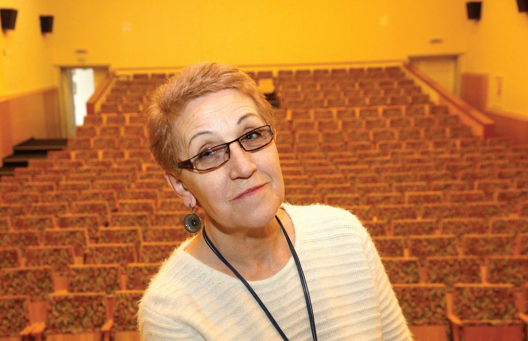 Kultūros premijos laureatė  poetė, režisierė Genovaitė Gustytė visą gyvenimą siekė mokytis, tobulėti. Šiuo metu studijuoja Rašytojų akademijoje. A. Barzdžiaus nuotr.