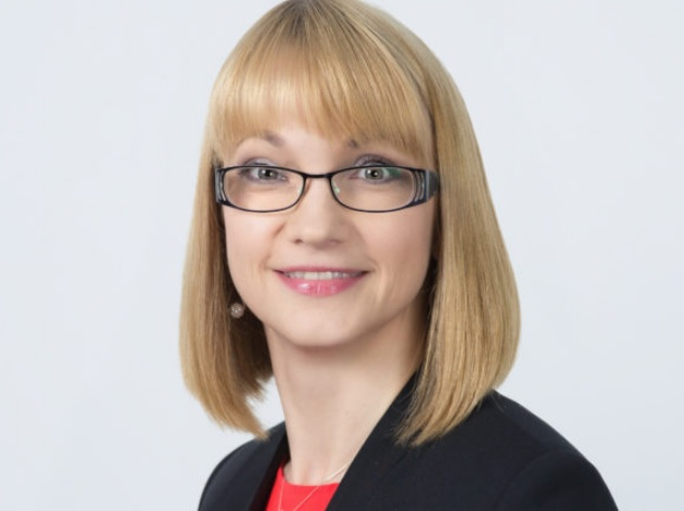 """VšĮ """"Versli Lietuva"""" Regionų plėtros grupės vadovė Jolanta Miloš neseniai lankėsi Kėdainiuose, ir padedant Strateginio planavimo ir investicijų skyriaus specialistams, apžiūrėjo patalpas, susidėliojo preliminarų planą dėl baldų pastatymo ir įrangos montavimo."""