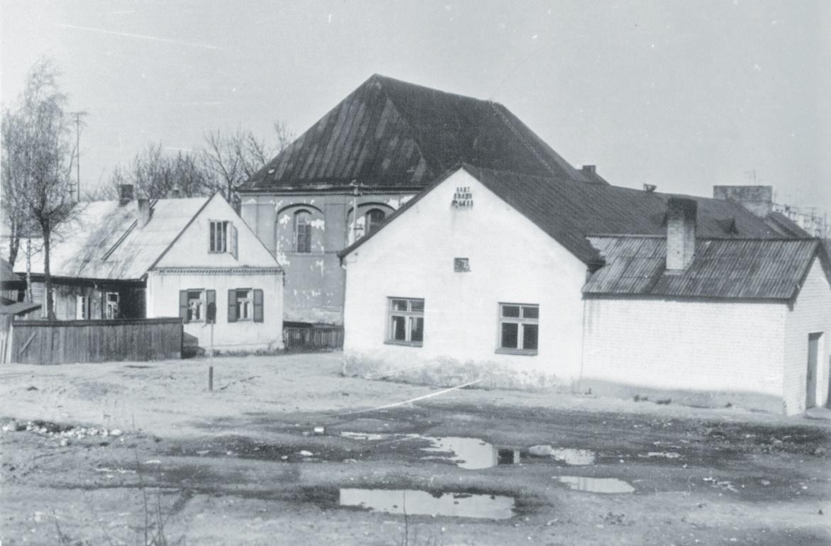 Kėdainių kultūros centro veiklos pradžia galima laikyti 1946 metus, kai savanorių gaisrininkų draugijos pastate (Paeismilgio gatvėje) buvo įkurti Kėdainių kultūros namai. Nuotrauka iš rankraščio