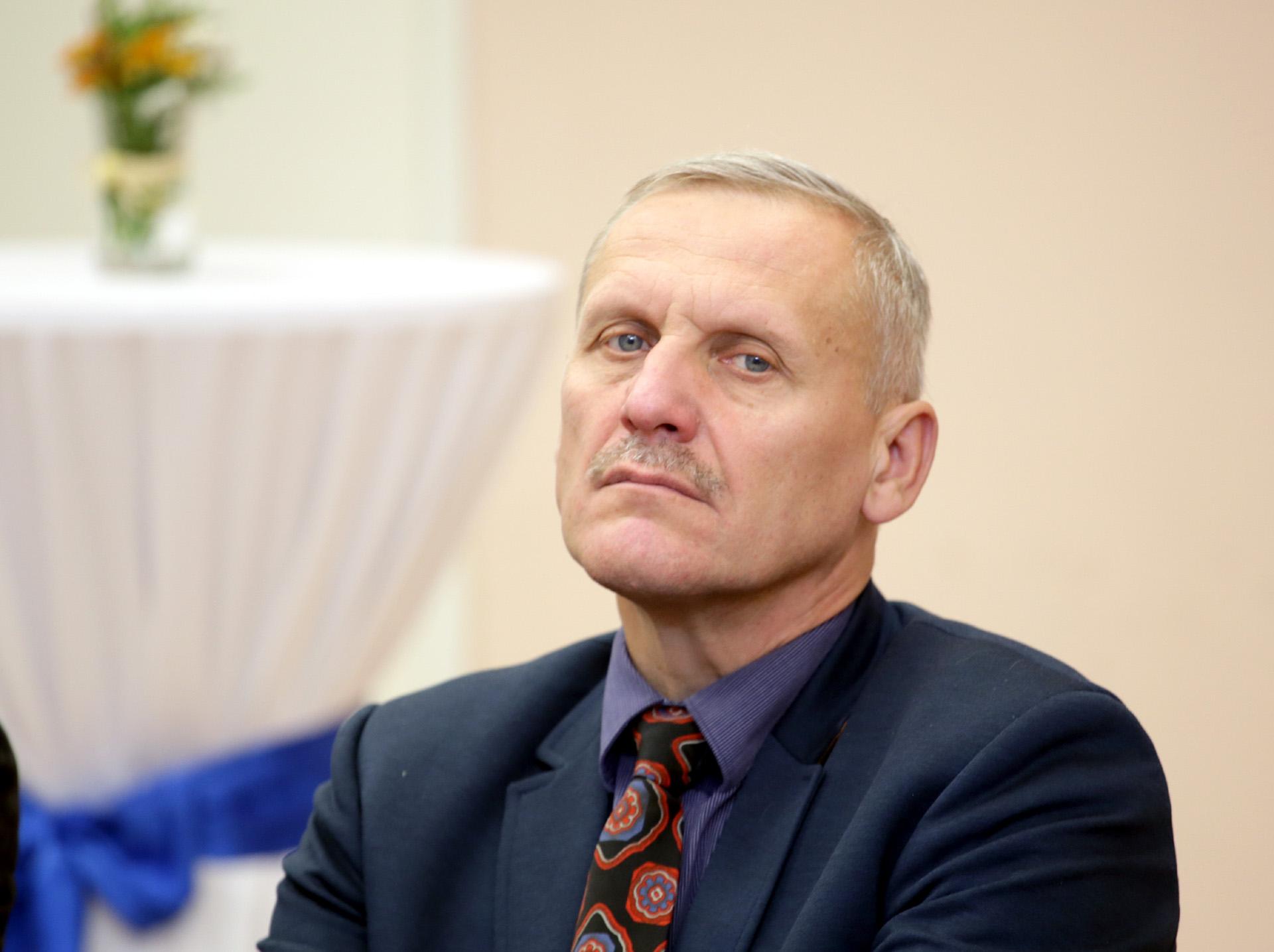 Akademijos gimnazijos direktorius direktorius Liudas Tauginas. G. Minelgaitės-Dautorės nuotr.