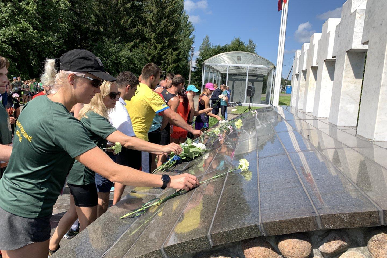 Šis bėgimas Medininkų žudynių aukoms pagerbti – kasmetinis, tradicinis, jau dvidešimt aštuntasis. www.lrytas.lt/ V.Ščiavinsko nuotr.