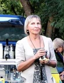 Daugiau nei 30 metų Surviliškyje gyvenanti ir dirbanti Nijolė Dilkienė sako, jog likimas ją čia atvedė./ I. Kriščiūnienės nuotr.