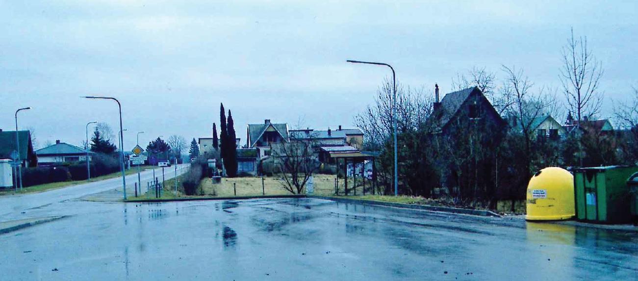 """2018 m. rekonstruota autobusų aikštė """"Justinavos"""" soduose."""