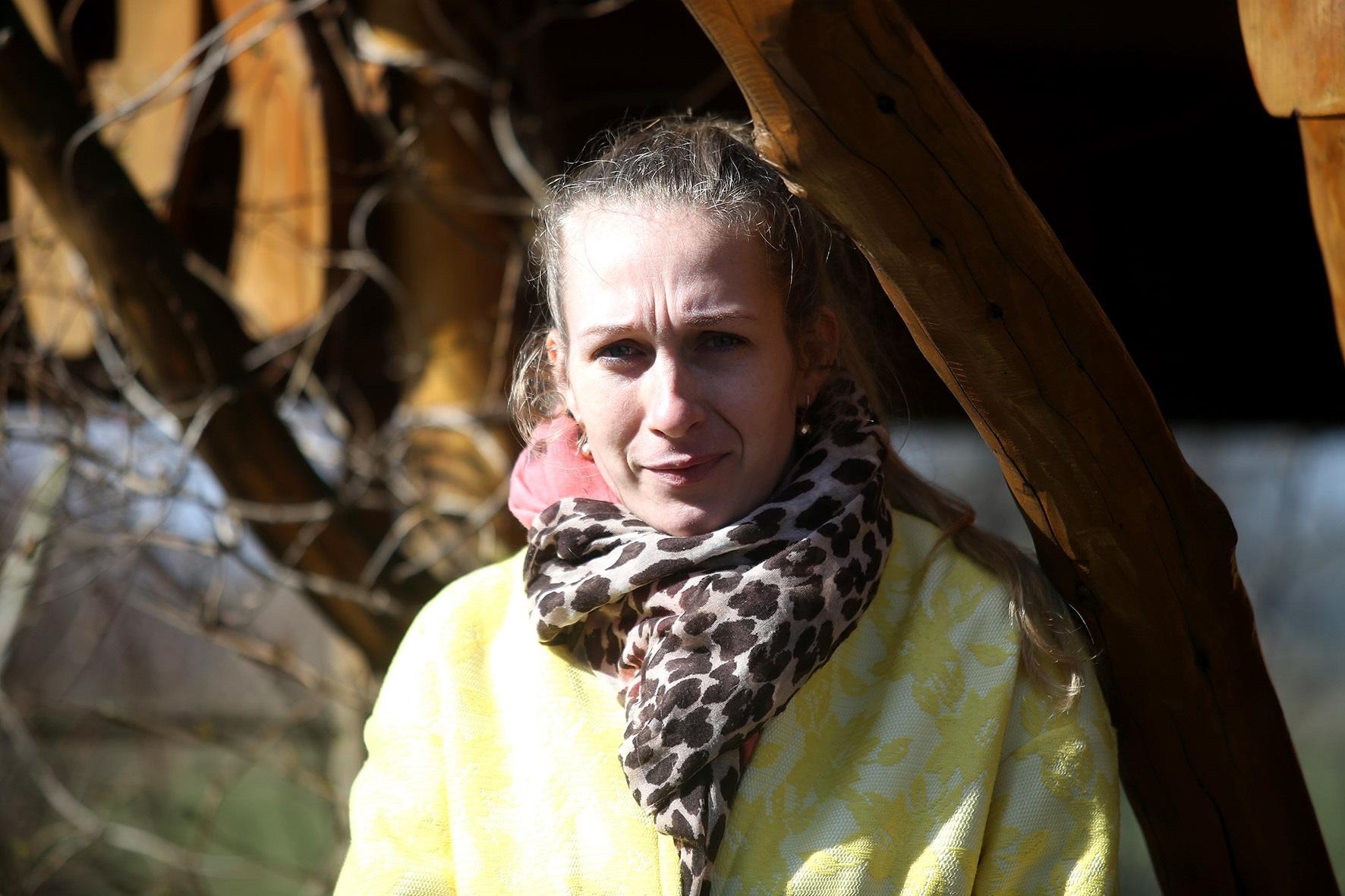 """Mantviliškio bendruomenės pirmininkė Simona Kurelaitienė tikina, kad didesnė baimė dėl vis sparčiau plintančio koronaviruso apima nuvykus į miestą. / Algimanto Barzdžiaus / """"Rinkos aikštės"""" archyvo nuotr."""