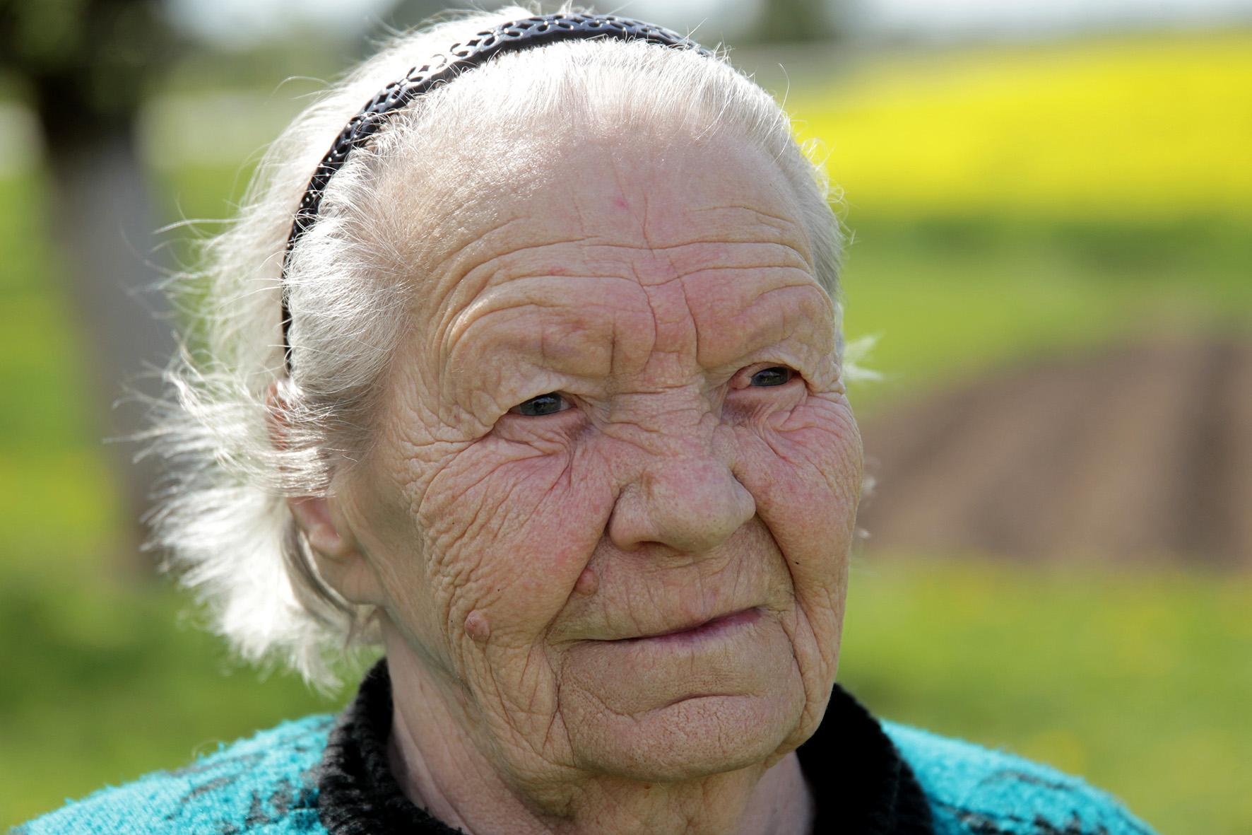 90-ąjį gimtadienį gegužės pradžioje atšventusi senjorė Anelė – tikra anciškietė, Truskavos kolūkyje, išdirbusi net 39 metus. A. Barzdžiaus nuotr.