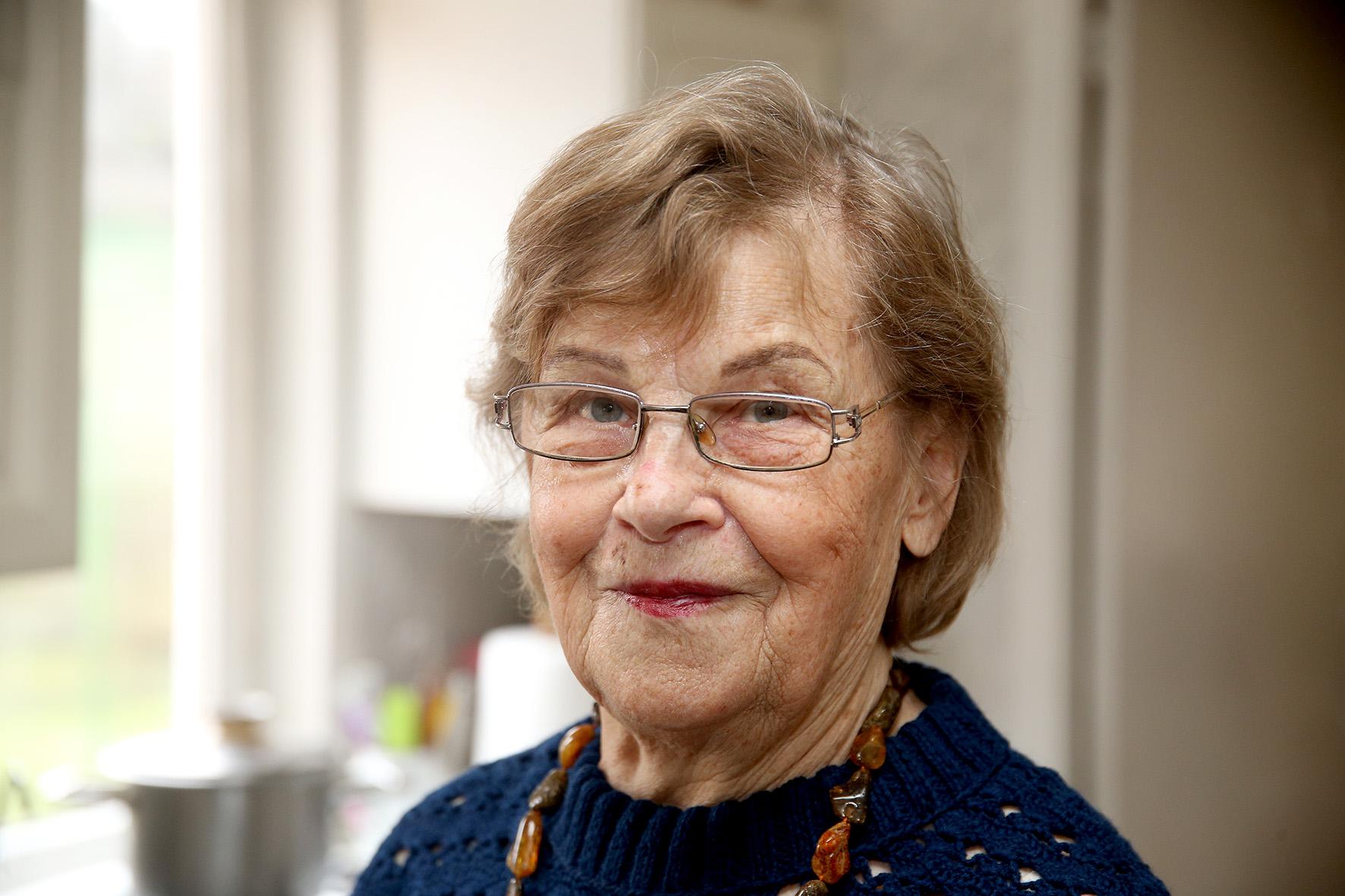 """Aldona Chadaravičienė į Angirių kaimą atsikraustė prieš septyniolika metų. / Algimanto Barzdžiaus/ """"Rinkos aikštės"""" archyvo nuotr."""