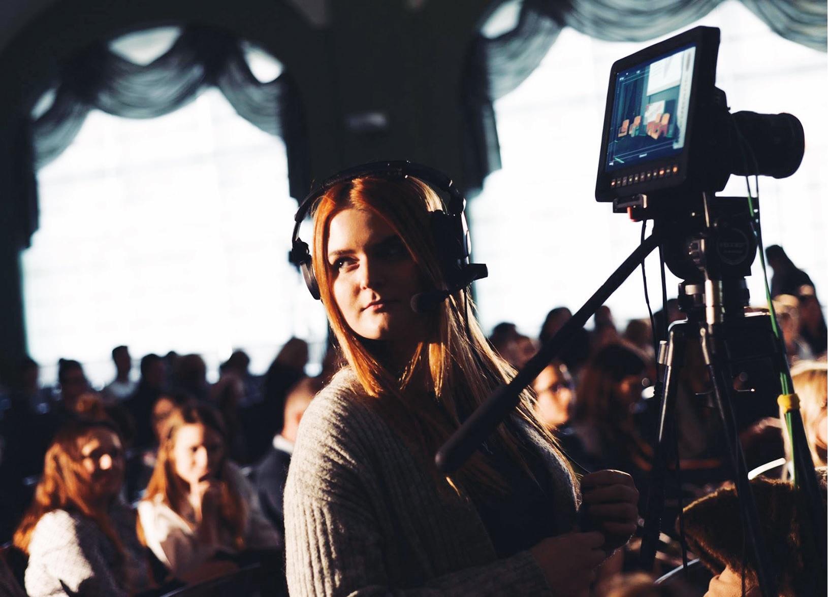 """""""Man įdomi ne tik kamera. Įdomus visas procesas, tiek prieš paspaudžiant įrašymo mygtuką, tiek jau filmuojant"""", – sako pašnekovė./ Asmeninio archyvo nuotr."""