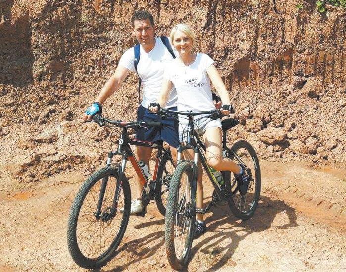 Violeta Tamulienė kartu su mylimu vyru Artūru Gudavičiumi, kuris taip pat yra ginekologas, vadovaujantis Kėdainių akušerijos-ginekologijos skyriui, šiemet galės džiaugtis atostogomis dviese. Asmeninio archyvo nuotr.