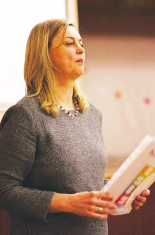 Gydytoja Jolanta Trinkūnienė pataria tėvams atidžiai stebėti savo vaikų elgesį, pastebėjus pirmuosius galimo suicidinio elgesio simptomus, nedelsiant imtis veiksmų. Asmeninio archyvo nuotr.