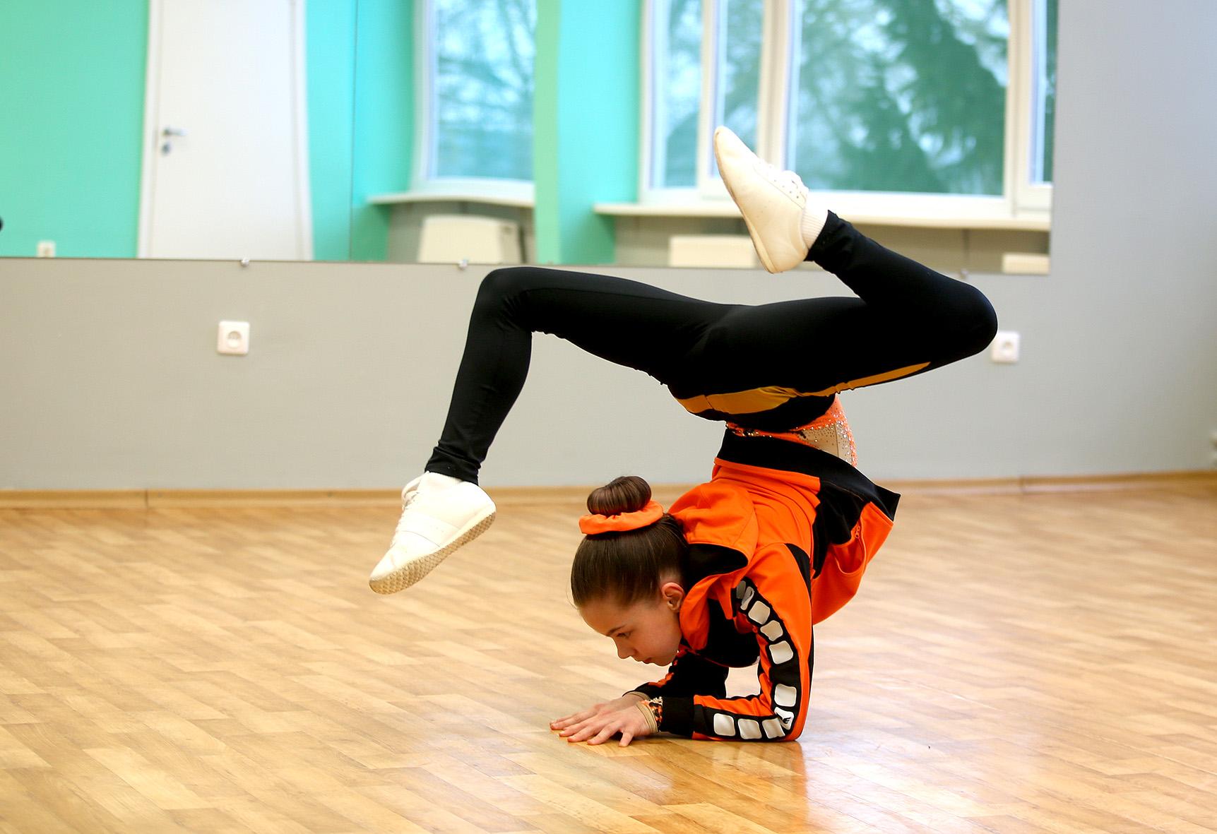 Nuo šių metų Laineta jau galės dalyvauti tarptautinėse varžybose, kadangi jos pasiekimai yra maksimaliai aukšti. Nuo šių metų sportininkė jau priklauso Tarptautinei aerobinės gimnastikos federacijai (FIG). A. Barzdžiaus nuotr.