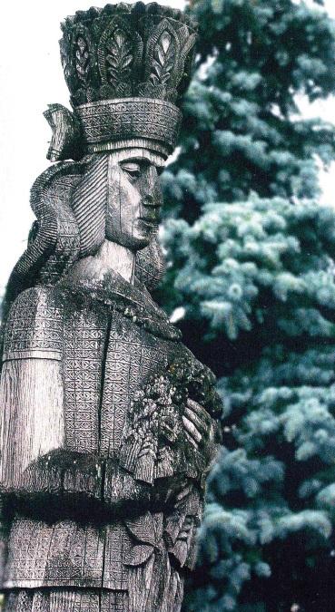 """""""Lietuvaitė"""" – 5 metrų aukščio skulptūra prie Tartu universiteto Estijoje, rimta, su tautiniais drabužiais, 1989 m. Asmeninio archyvo nuotr."""