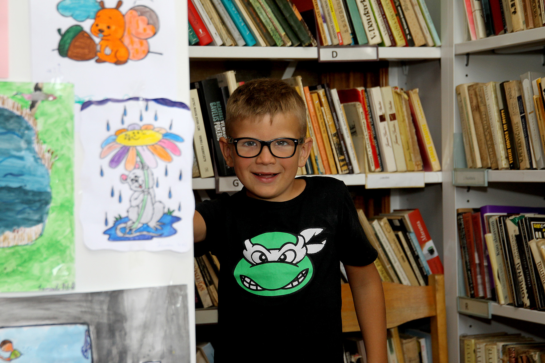 Nors Ingos Dovydienės sūnus Simas į mokyklą dar neina, bet jau perskaitė daugybę knygų. Smalsus ir komunikabilus berniukas – tarsi energingos mamos kopija.