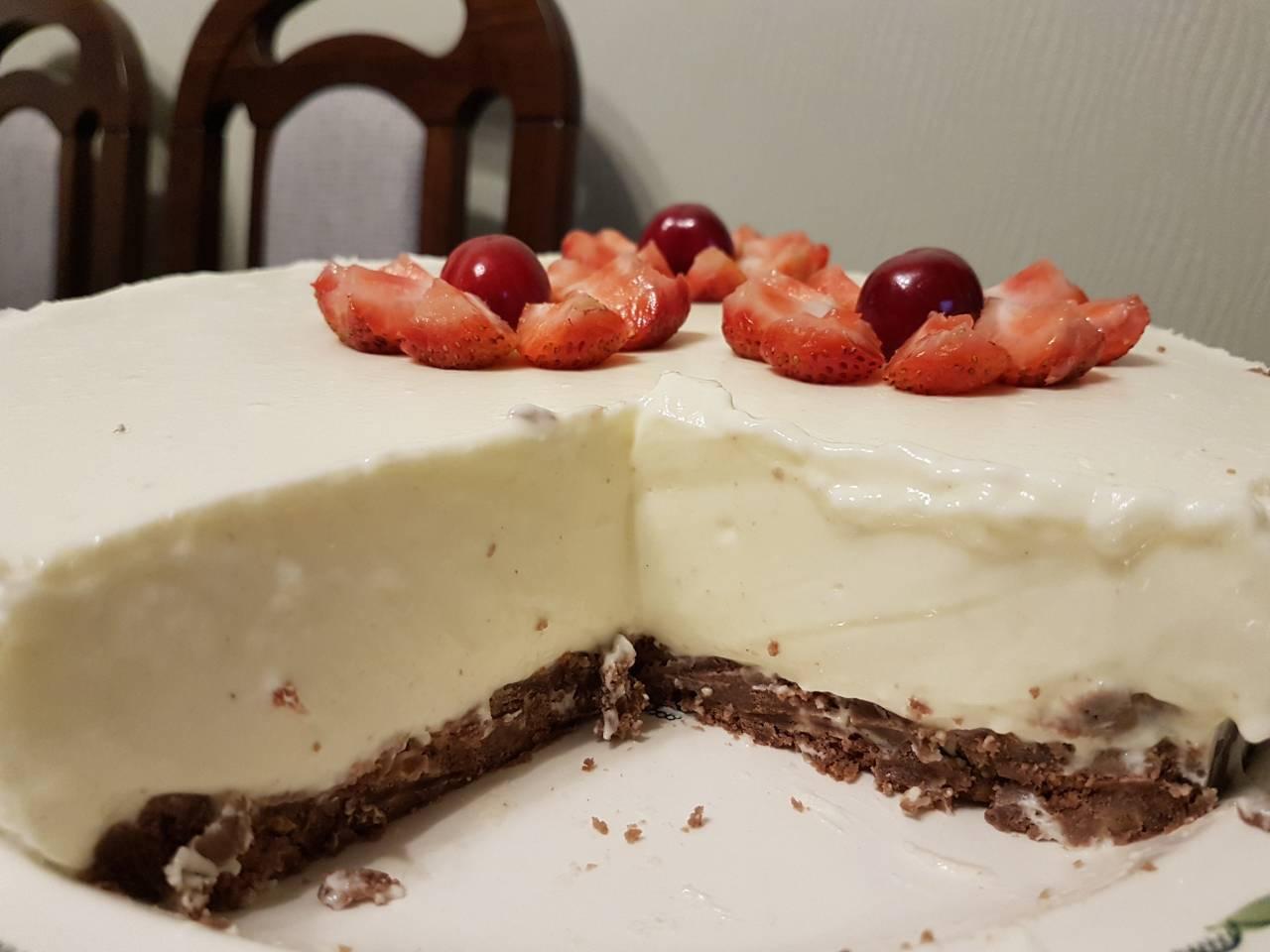 Nekeptas varškės tortas. Asmeninio archyvo nuotr.