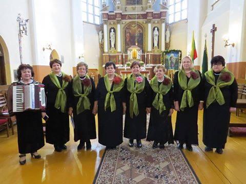 A.Sasnauskienės vadovaujamas ansamblis ,,Giedra'' ne kartą surengė koncertus Šv.Jurgio bažnyčioje./Asmeninio archyvo nuotr.