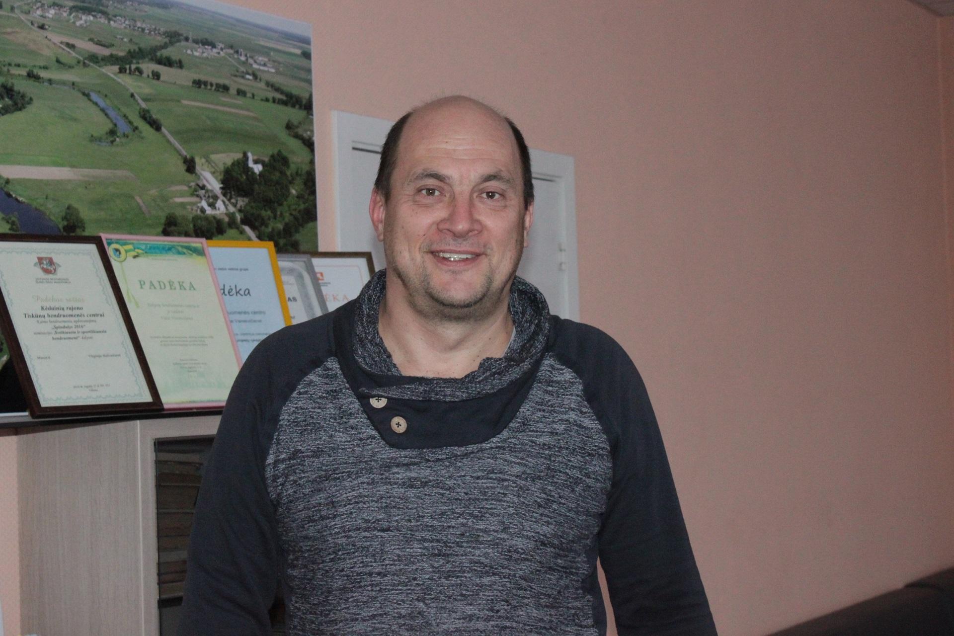 Vilmantas Jasulevičius – ilgametis Tiskūnų pagrindinės mokyklos pedagogas, šiuo metu dirbantis Dotnuvos pagrindinėje mokykloje./Džestinos Borodinaitės nuotr.