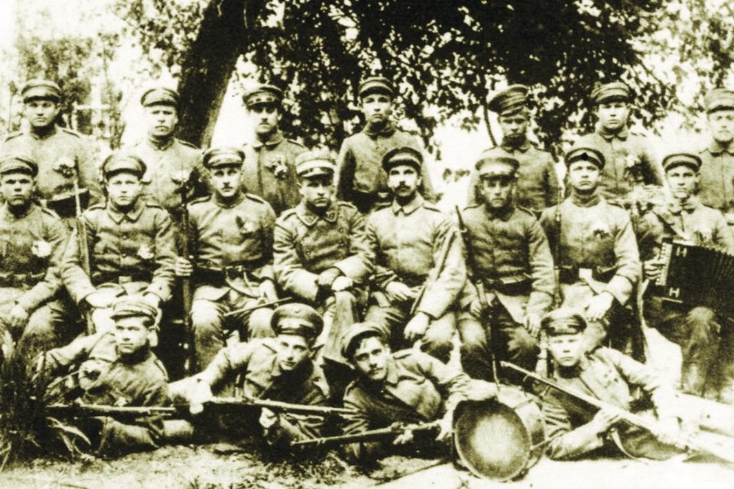 Lietuvos nepriklausomybės kovų kariai savanoriai. Kėdainių krašto muziejaus archyvo nuotr.